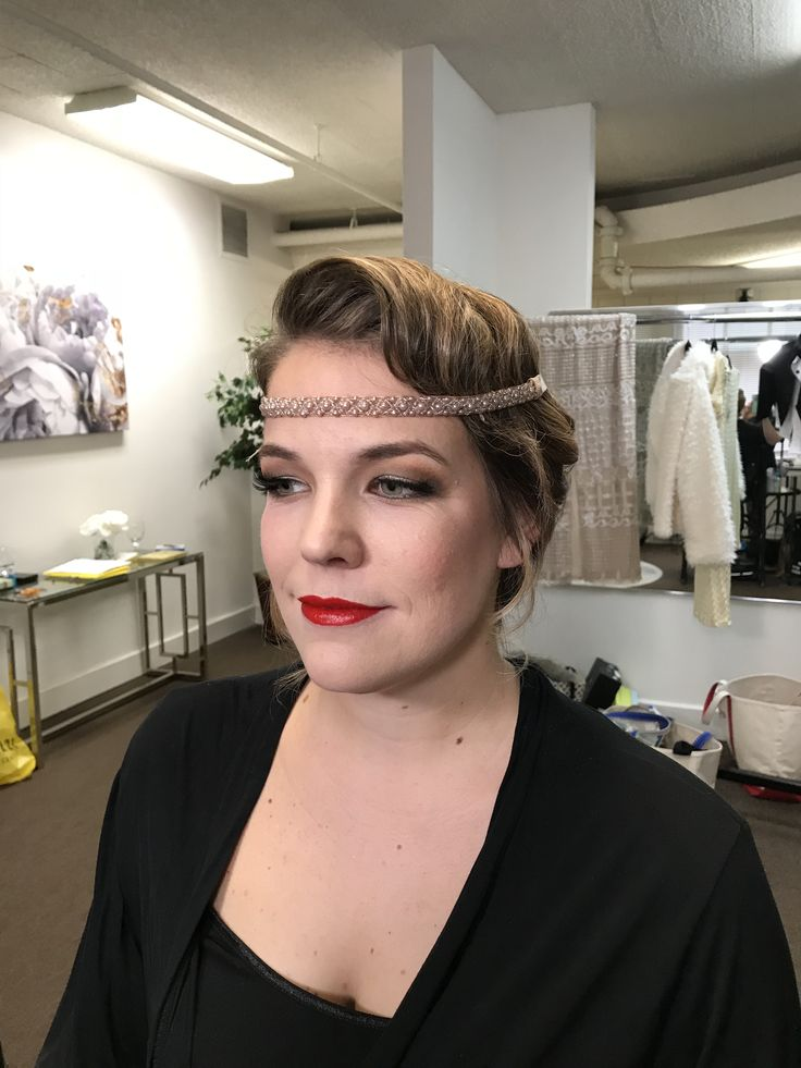 1920s bridal makeup red lips winter wedding