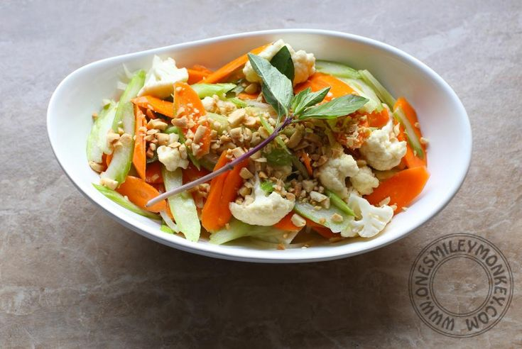 Carrot and Cauliflower Salad with Coconut Milk Dressing made with #ThaiKitchen #CoconutMilk by @onesmileymonkey. This deceptively simple salad is quick to prepare and thoroughly delicious. The dressing is light but adds a distinct punch of flavour that really makes the vegetables shine. The chopped peanuts add a nice layer of extra crunch to every mouthful. #Autumn #Salad #Raw #Vegetarian #Indian #TKeveryday