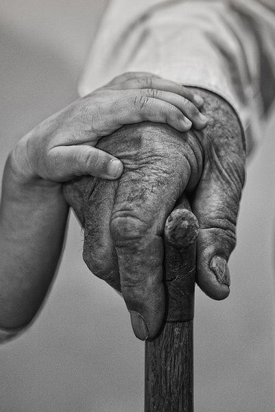 Aww that's me touching my Papa's hand.  Without the cane though.