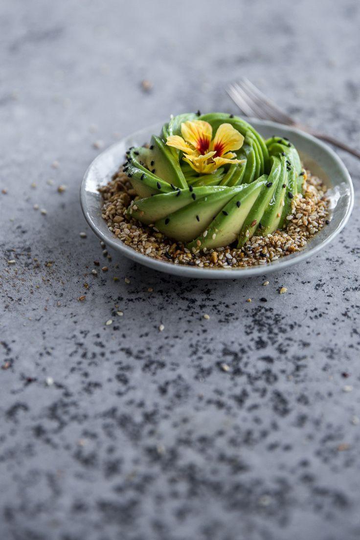 Avocado Rose And Pistachio Dukkah Bowl - Cook Republic Top Recipes, Raw Food Recipes, Healthy Recipes, Ketogenic Recipes, Healthy Cooking, Healthy Snacks, Healthy Eating, Avocado Toast, Nutrition