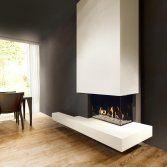 De driezijdige Heat Pure 90 vormt een unieke combinatie van een traditioneel houtvuur, technologisch vakmanschap en een uitermate geraffineerd design. Het minimalistische ontwerp zonder metalen frame ...