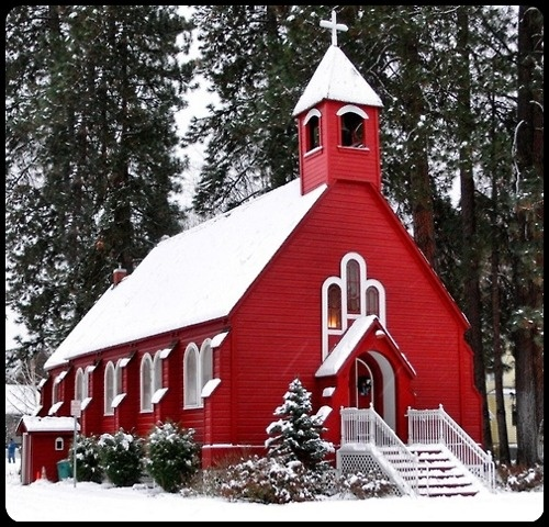 little red church in winter…