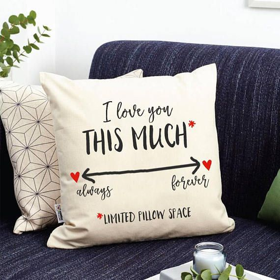 Queen /'You/'re My Best Friend/' Personalised Cushion 2nd Anniversary Gift for Wife