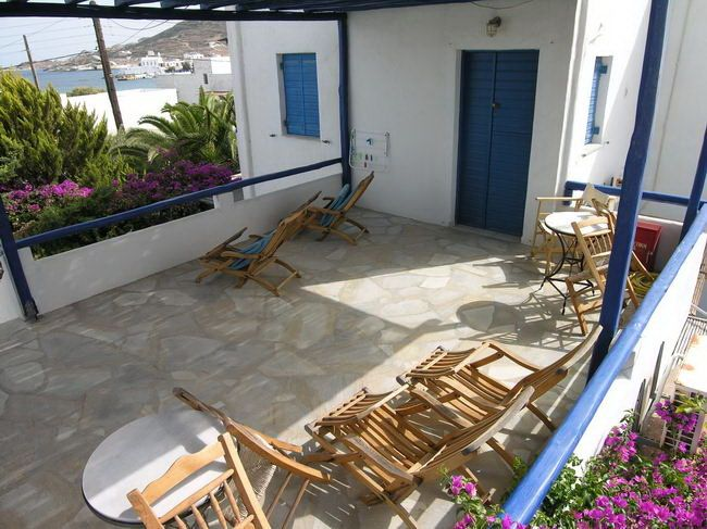 VOURAKIS Traditional studios & apartments | #Milos #Cyclades #Greece #GuestInn