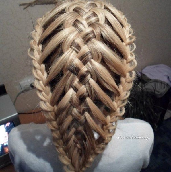 5 strand feather braid bordered with two 3 strand lace braids