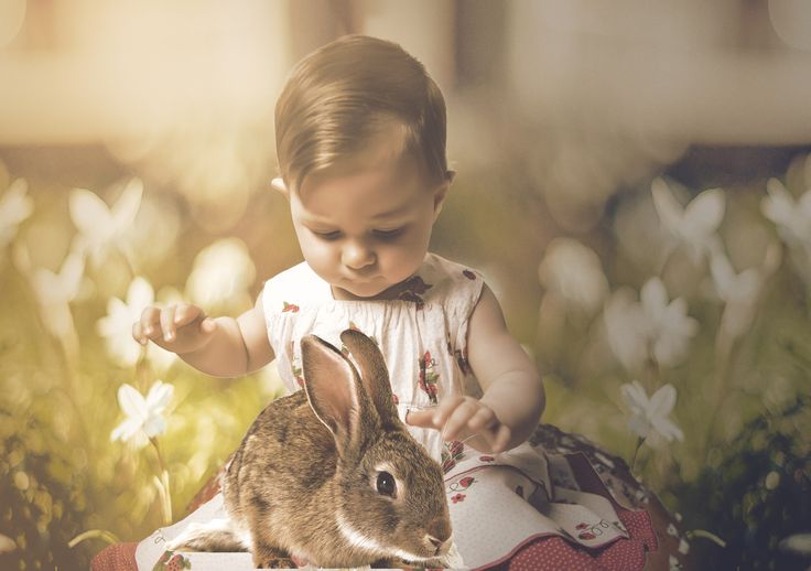 Sarah with little bunny by Andreea Delia Estudio on 500px