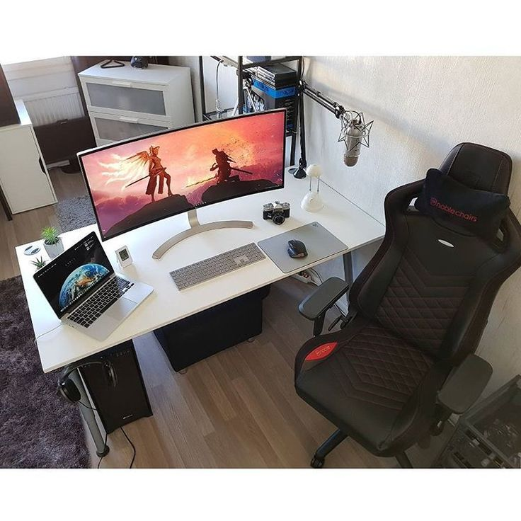 """886 Likes, 2 Comments - Mal - PC Builds and Setups (@pcgaminghub) on Instagram: """"An awesome setup featuring the @noblechairs EPIC series chair. By: u/mtrx3. Check out the link in…"""""""