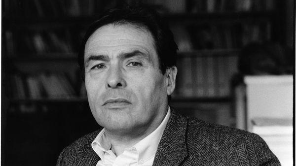 """Premier épisode de la série """"A voix nue"""" consacrée à Pierre Bourdieu sur France Culture en 1988. Pierre Bourdieu détaille les conditions selon lesquelles la sociologie peut être considérée comme une science véritable."""