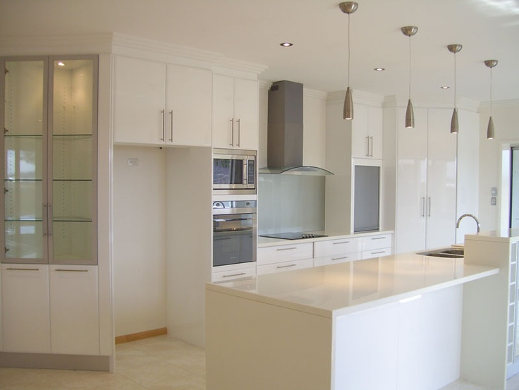 White Kitchen Laminate Benchtop