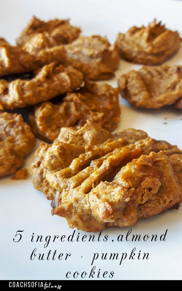 Try out this amazing 5 ingredients pumpkin cookies. These are guilt free, zero sugar, low carb and super delicious. Gaps diet recipe| Paleo | grain free cookies| low carb cookies| GAPs diet | AIPs diet| Pumpkin cookies | almond butter cookies | nutritious |gluten free
