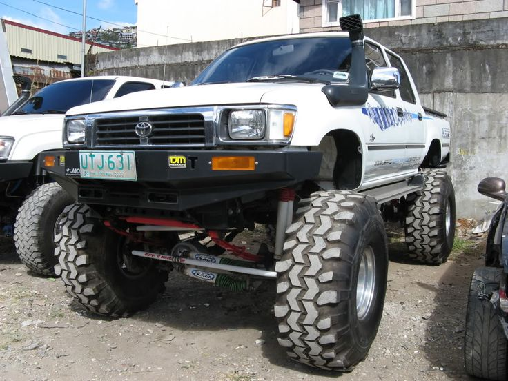 how to carry jerry cans hilux dual cab ln 106