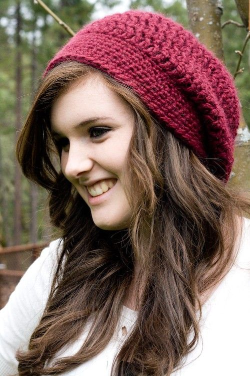 Hand crochet slouchy hat.   ideas: increase stitches by row, decrease without making creases. decrease 2 st at a time?