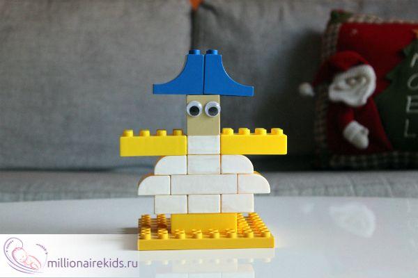 Снеговик из Лего