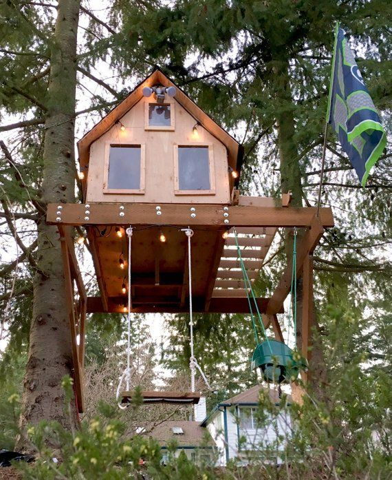How to build a treehouse with 1 tree