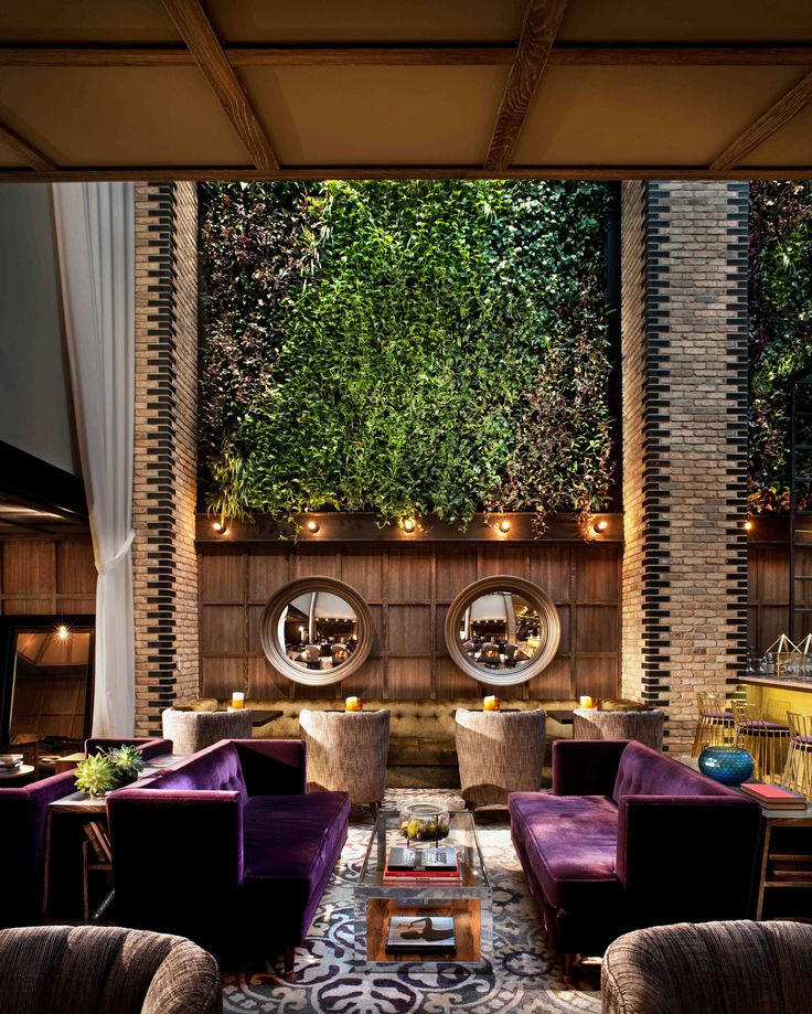 Nico Lounge at Thompson Chicago Hotel. Interior architecture and design by Tara Bernerd & Partners, photo by Philip Vile.