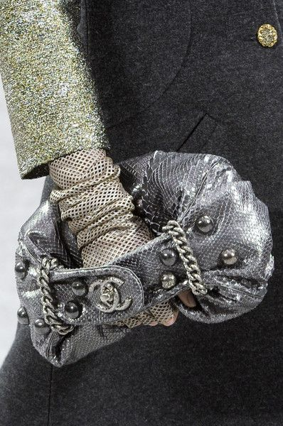 Chanel at Paris Fashion Week Fall 2012 - Details Runway Photos
