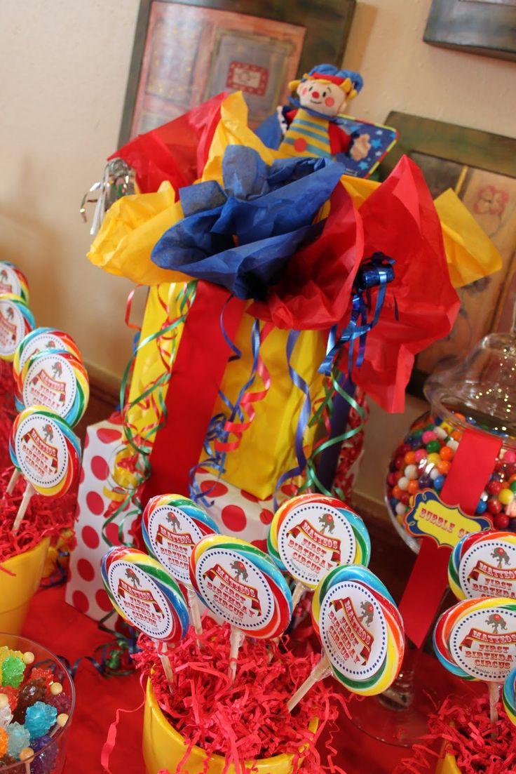 Best 25 carnival centerpieces ideas on pinterest circus centerpieces circus theme - Carnival theme decoration ideas ...