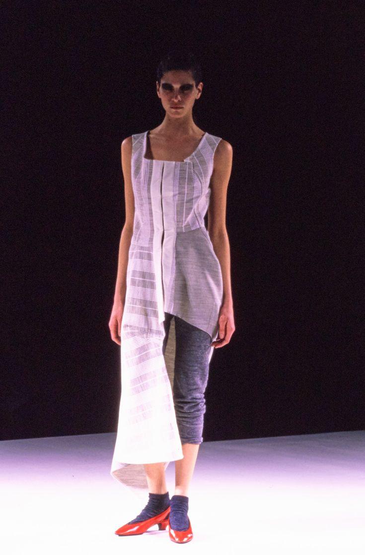 Comme des Garçons Fall 1998 Ready-to-Wear Fashion Show - Frankie Rayder