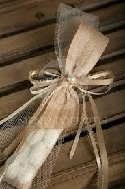 Αποτέλεσμα εικόνας για μπομπονιέρες γάμου με τούλι