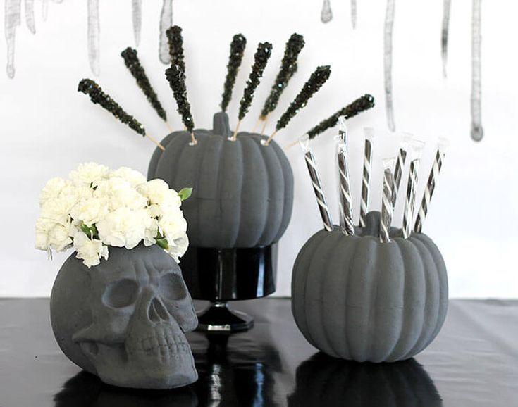 All Grown Up: Chic Halloween Decor Ideas