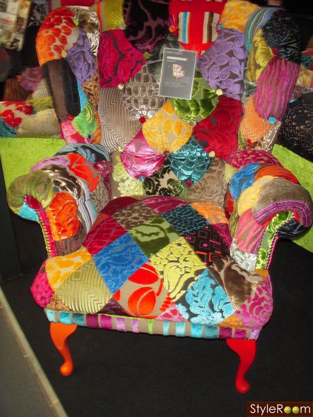 Maybe I Can Find A Chair At A Second Hand Store And Recover It With A Quilt  Top I Make.