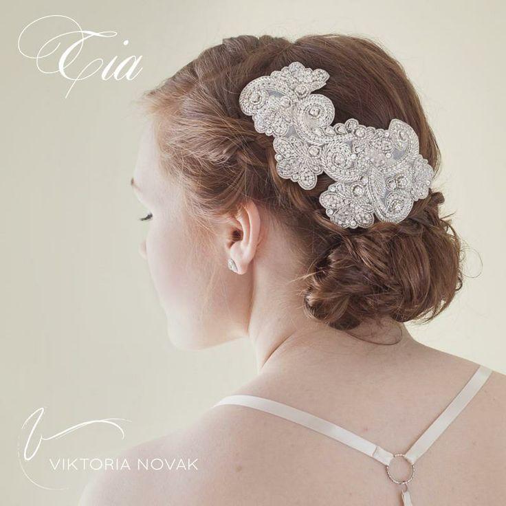 Ready to wear headpiece by Viktoria Novak. www.viktorianovak.com.au  Photographed by Karen Ashcroft  Hair and makeup by Amy Chan Hair & Makeup Artistry
