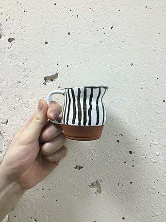 Керамический полосатый сливочник от zov