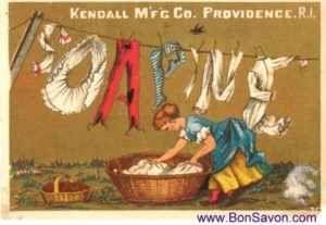 Il bucato nell'antichità: qualche informazione Nei secoli scorsi lavare i panni non era facile ed immediato come oggi, poiché l'acqua a disposizione si trovava solo presso le fontane pubbliche e il sapone costava tanto, per cui i più poveri non p #bucato #sapone #igiene