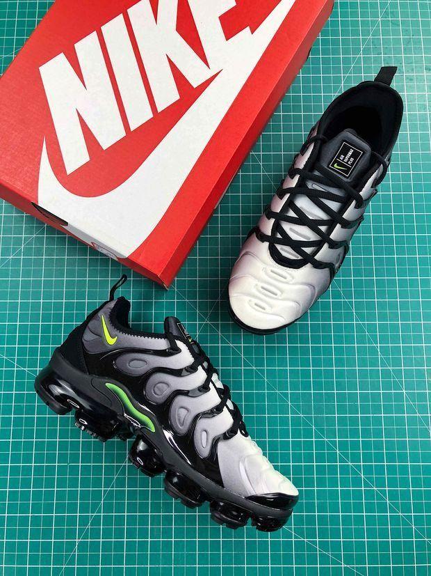 Nike Air Vapormax Plus Neon 95