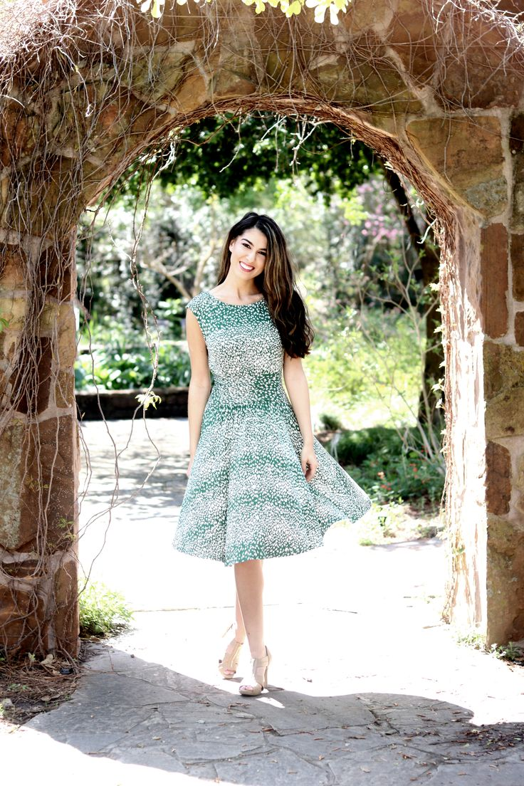 Floral Dresses for Women's Fashion Trends and Feminine Style