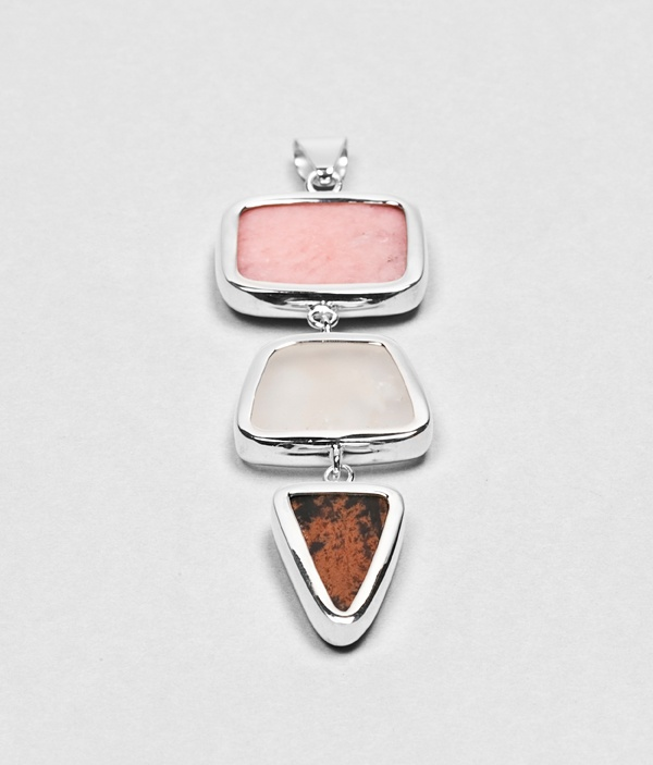 http://webshop.younica.com/products/Spark-pastel-pendant-long.html