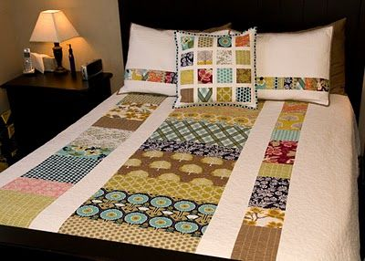 Great patchwork design that can incorporate lots of colors/patterns with reduced visual chaos.: Meadow Quilts, Quilts Inspiration, Sewing Stuff, Coins Quilts, Quilts Stuff, Modern Meadow, Blue Chairs, Quilts Ideas, Modern Quilts