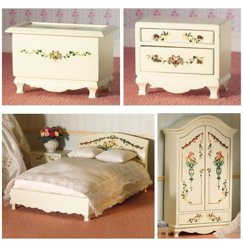 Detail Image of Boudoir Bedroom Suite