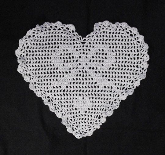 Crochet : The ribbon in heart