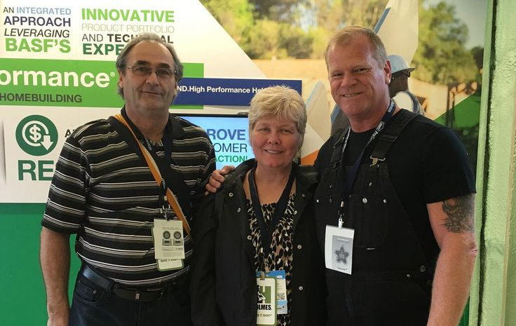 Garry & Lorena Sawchyn of Emerald Park Homes with Mike Holmes at the International Builders Show in Las Vegas 2016.
