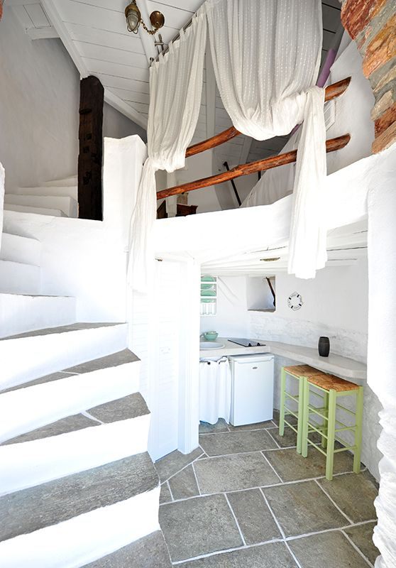 Live a unique experience inside the renovated windmill of Windmill Bella Vista hotel in Sifnos so to feel a part of the Aegean Sea history.