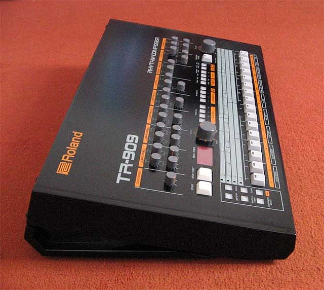 52 best drum machines images on pinterest drum machine for Acid electronic music