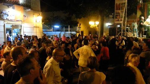 Agerola World Music Festival 19 luglio 2014 Musica, balli, tradizione,… #SuiSentieriDegliDei #ildolcetramonto www.ildolcetramonto.it
