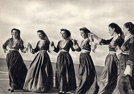 Crete Girls Dancing. Greek Postcard, c1956. Source.