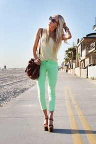Hot Bl<3nde: Green Jeans, Mint Pants, Colors Pants, Mint Green, Pastel Pants, Summer Outfit, Colors Jeans, Mint Jeans, Green Pants