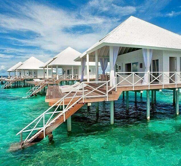 bungalows sur pilotis aux maldives