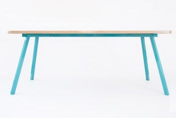 A gorgeous table crafted out from traditional materials refined in a contemporary approaching.