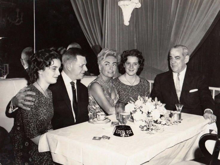 Joan Crawford with her twin daughters in Miami Florida circa 1959
