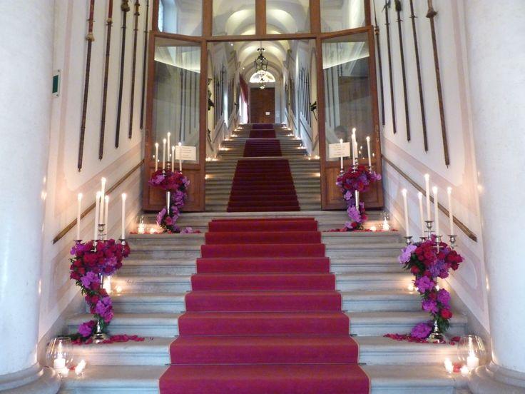Amazing stairs of #CastelBrando set up for a wonderfull #wedding! #weddinginspiration #castello