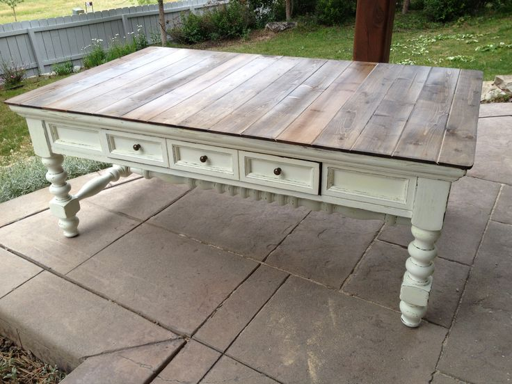 7 coffee table after 2nd hand store find light sand prime off white paint hand sand to. Black Bedroom Furniture Sets. Home Design Ideas