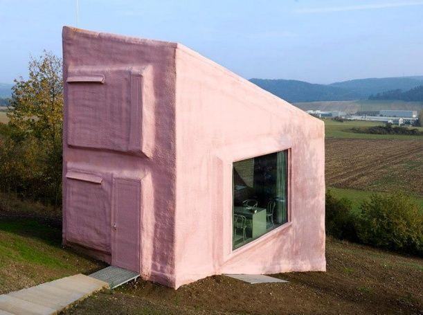 Bydlení na šikmé ploše. Design: architekti HŠH.