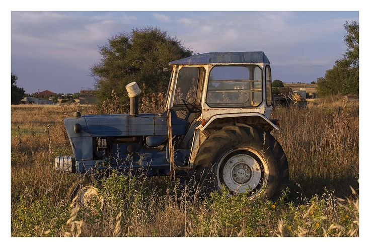 Moudros farming tractor