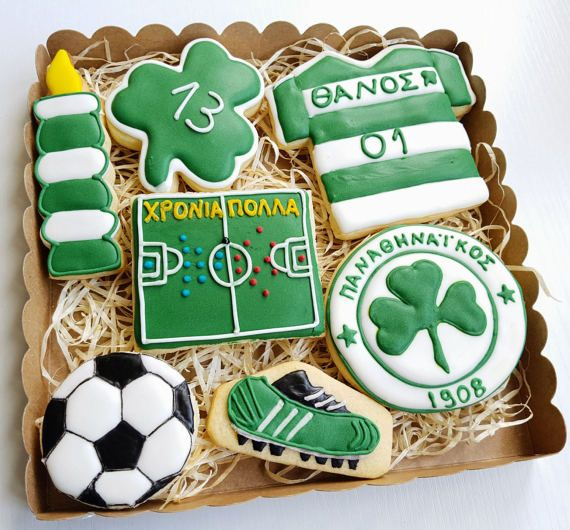 Football and fans unite with this fun, super tasty cookie gift box which makes the perfect birthday or Fathers Day gift!  Best of all you can customise it with the colours of your favourite team as well as personalise with a name and short message. Convo us to discuss!  Freshly baked and hand iced with love
