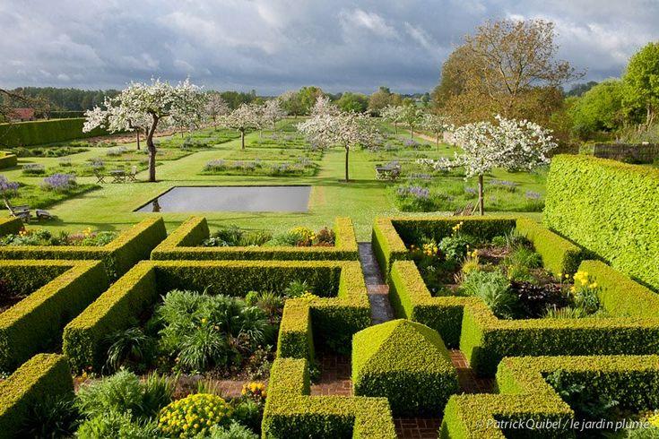 17 melhores imagens sobre jardim cl ssico garden classic for Casa moderna gardone