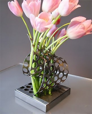 curl vase designed by kimberly manne vase ideasflower